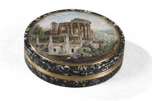 Micromosaic gold box Circa 1815