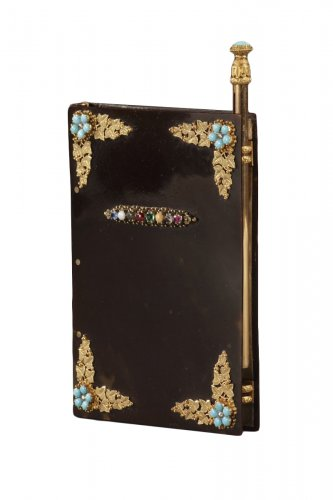 Dance card in tortoiseshell, gold, and precious stones