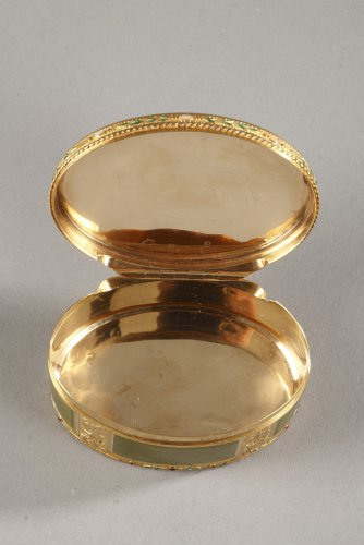 Gold and enamel snuff box18th century -