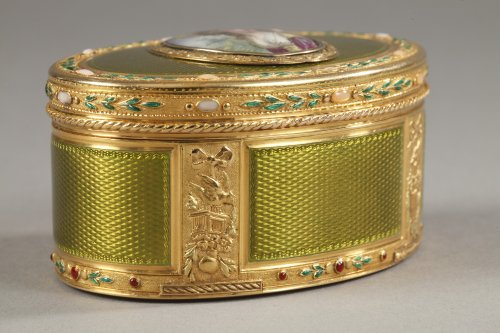 18th century - Gold and enamel snuff box18th century