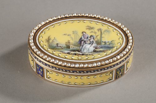 Gold snuff box with enamel and pearls. Late 18th century.