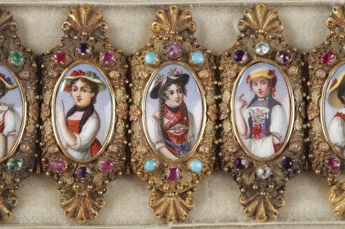 Antique Jewellery  - Bracelet in gold, enamel and gemstones mid-19th century