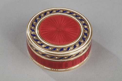 A gold and enamel candy box. Late18th century - Objects of Vertu Style