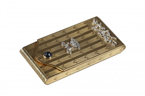 Gold Case with Diamonds and Sapphire.  Early 20th Century.