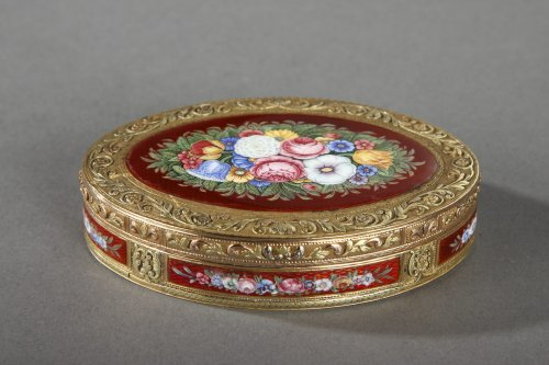 Gold and enamel box, early 19th century