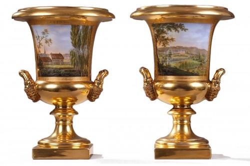 Pair of porcelaine de Paris vases view of Achy Signed Feuillet