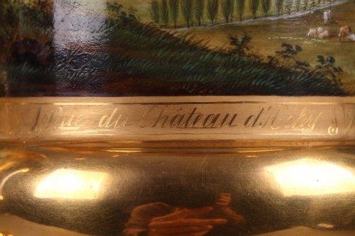 Pair of porcelaine de Paris vases view of Achy Signed Feuillet -