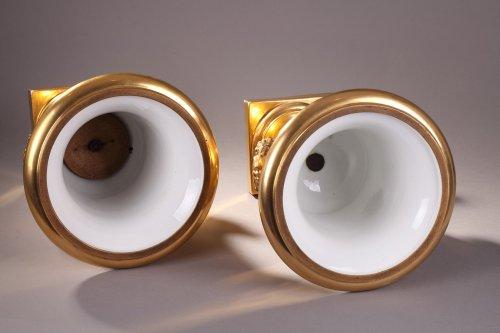 Antiquités - Pair of porcelaine de Paris vases view of Achy Signed Feuillet