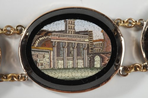 - Micromosaic bracelet. Early 19th century.