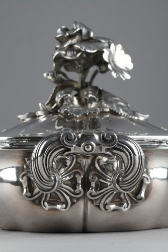 - Silver vegetable-dish covered. Paris. 19th.