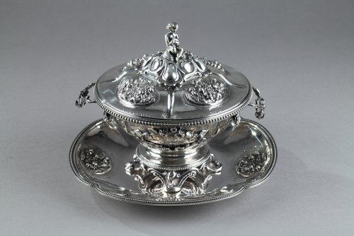 Silver Oille Tureen by Emile Hugo Late 19th Century. - Antique Silver Style Napoléon III