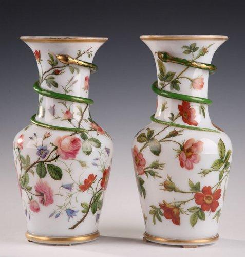 - Pair of white opaline vases. Model of J-F Robert. Circa 1840-1850.