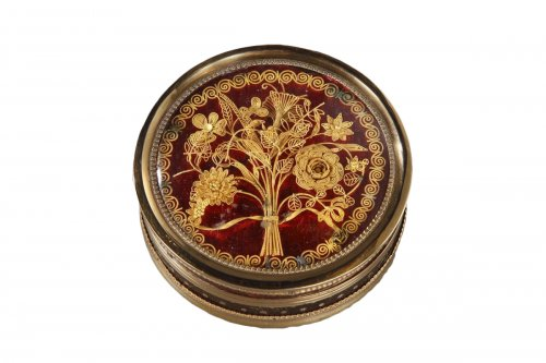 Gold and Tortoiseshell Box, 18th Century.