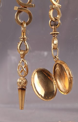 Gold Chatelaine with Portrait Signed Flavien Emmanuel Chabanne. -