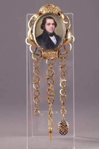 Gold Chatelaine with Portrait Signed Flavien Emmanuel Chabanne. - Louis-Philippe