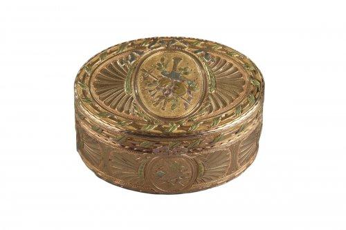 Gold snuff box Louis XV period