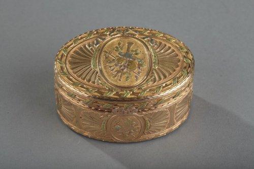 Louis XV - Gold snuff box Louis XV period