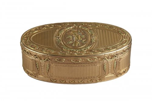 Gold box of Louis XVI period
