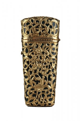 Jasper and gold case, 18th century English crafstmanship