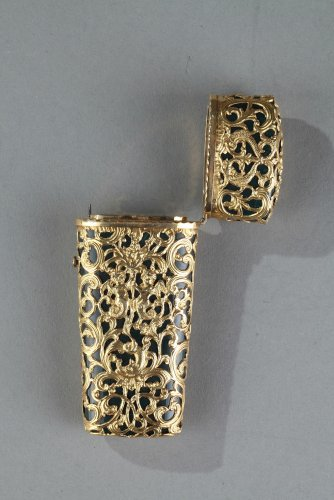 Jasper and gold case, 18th century English crafstmanship - Objects of Vertu Style
