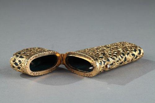 Objects of Vertu  - Jasper and gold case, 18th century English crafstmanship