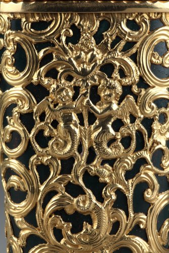 Jasper and gold case, 18th century English crafstmanship -