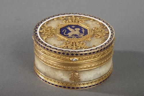 Quartz and gold box with enamel and diamond, Rozet and Fishmeinster -