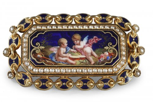 Gold and enamelled brooch, mid 19th century