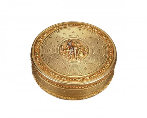 Gold Candy box Louis XVI period