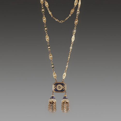 Chatelaine or necklace in gold, enamel and pearls