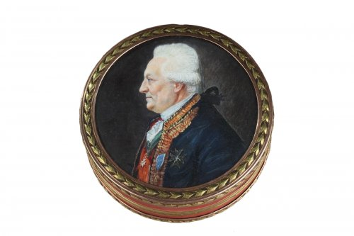 Vernis Martin and Gold Box with Miniatures – Louis XVI period