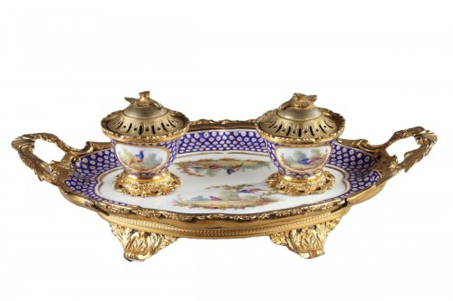 18th century Inkstand in  Sevres porcelain