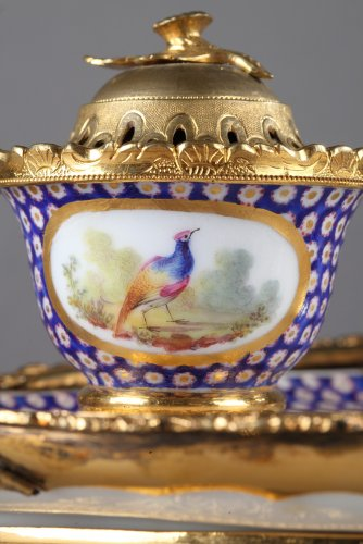 Decorative Objects  - 18th century Inkstand in  Sevres porcelain