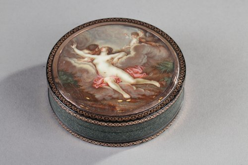 Ground Tortoiseshell Box with Gold and Erotic Miniature on Ivory -