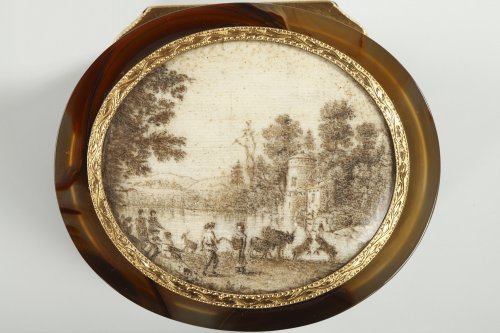 Objects of Vertu  - Agate and Gold Box with Miniature – 18th Century