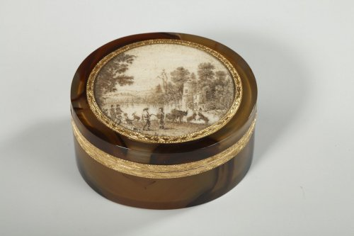 Agate and Gold Box with Miniature – 18th Century -