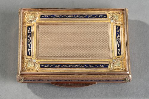19th century - Early 19th gold and enamel box. Swiss work