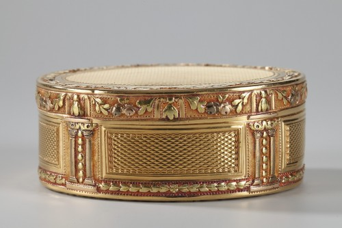 Louis XVI Gold snuff box Circa 1778 - Objects of Vertu Style Louis XVI