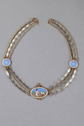 Antiquités - Chain Link Necklace with Gold and Enamel Plates