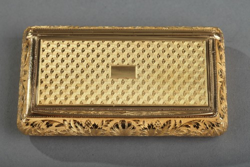 Gold snuff box early 19th century.  Signed Louis-François Tronquoy. - Objects of Vertu Style Restauration - Charles X