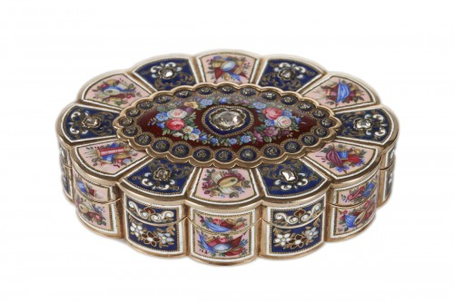 Enameled Gold Snuff Box, 19th century
