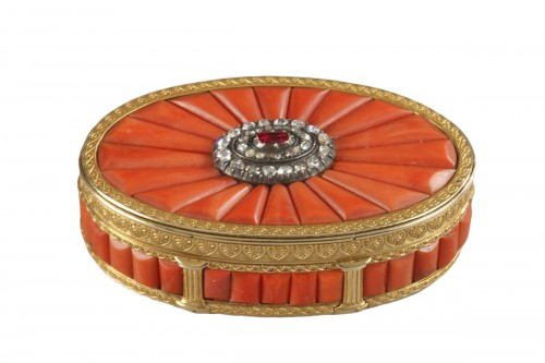 Gold Snuff Box With coral, diamonds, and precious stone. Late19th Century