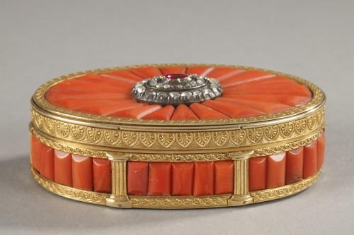 Gold Snuff Box With coral, diamonds, and precious stone. Late19th Century -