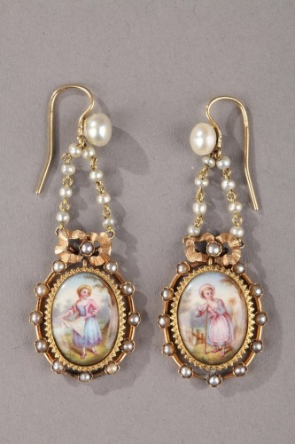 Pair of Gold, Enamel, Pearl, and Mother-of-Pearl Earrings - Napoléon III