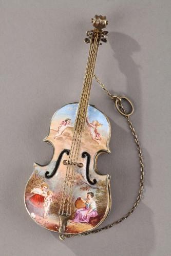 Silver and Enamel violin vinaigrette. Ludwig Politzer. Vienna 19th Century.