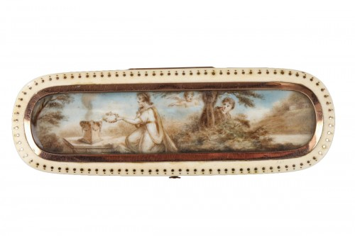Late 18th Century Ivory and Gold Patch Box
