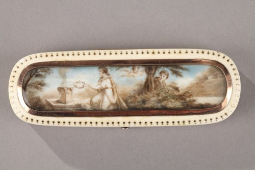 Directoire - Late 18th Century Ivory and Gold Patch Box
