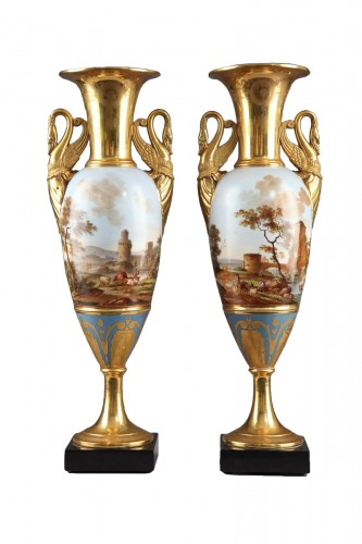 Pair of Large Fuseau Vases in Porcelaine de Paris