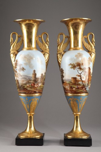 Porcelain & Faience  - Pair of Large Fuseau Vases in Porcelaine de Paris. Empire Period.