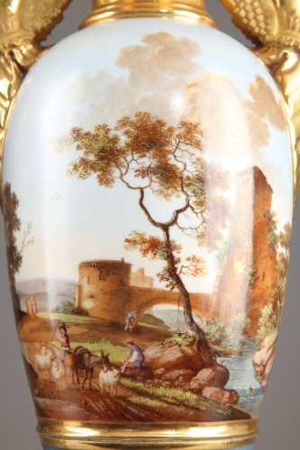 19th century - Pair of Large Fuseau Vases in Porcelaine de Paris. Empire Period.
